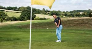 How to create backspin with your chip shots